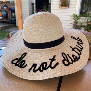 **NWT** Chic Straw Floppy Beach Hat